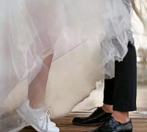 آتلیه آرتسی تخصصی عروس ، فیلمبرداری ،عکاسی،عقد